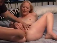 Layla ,squirts alot and sucks cock