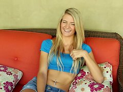 Amanda Tate Blonde Teen Shows Her Pussy and Gives a Blowjob