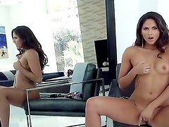 Stunning brunette cutie Aspen Rae enjoys playing with
