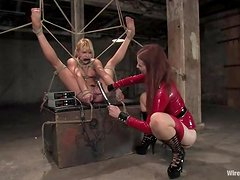 See how BDSM girls can bondage each other