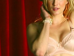 Insane seduction performed by a sexy model Emily Rose