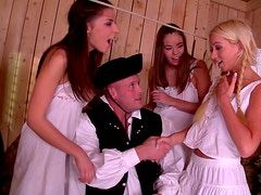 Whorable sexy country chicks seduce a horny earl and suck his dick (FFFM)