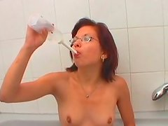 Ugly nerdie redhead in glasses takes a chance to suck a dick on cam