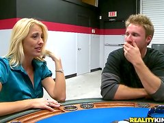 Banging Sexy MILF Dallas Diamondz's Cunt on a Poker Table