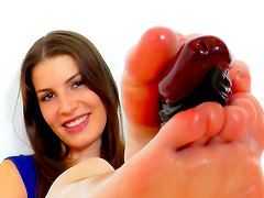 Zena Little gives hot foot job