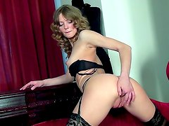 Patricia gives top lingerie solo