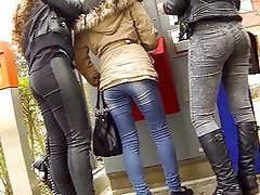 Candid - 3 Babes in Tight Jeans And Great Ass