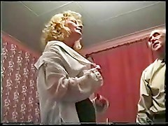 Amateur English Slutwife Gangbang - Yvette
