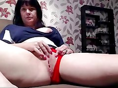 Hairy pussed mature MILF orgasms