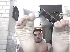 chatroulette straight male feet - a peasant from argentina