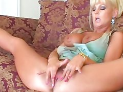 Kinky Mature MILF Hot Vicky Buttfucked By BBC