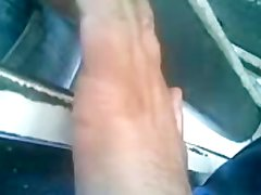 MY FINGER WIFE ASS IN THE BUS