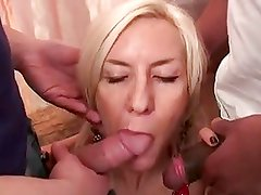 French mature salope Charly Spark - anal