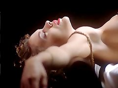 Alyssa Milano - Embrace of the Vampire (nude on bed)