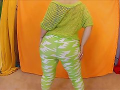 greenSPANDEXleggings
