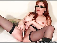 Mature soccer mom squirting her pussy juice
