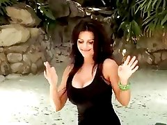 Denise Milani sexy Palm Dance - non nude
