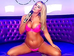 Tori Lee on Studio 66 in Pink