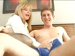 Fucking My Aunt (Nina Hartley) -
