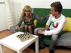 Blonde mature slut mom fucking hard