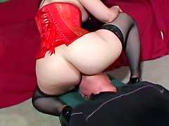 Corset girl wants her big ass eaten