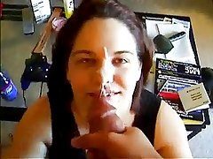 Amateur Sucks A Thick Cock And Gets Cum On Her Nose