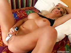 French Hooker Masturbates In Bed