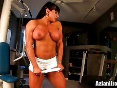 Naked work out with female bodybuilder