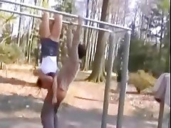 acrobatic teen gives amazing blowjob in public park