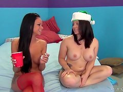 Real hot X-Mas sex story with some kinky dolls