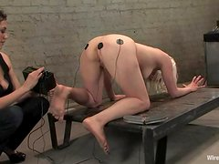 Lorelei Lee enjoys having wires on her boobs and hot butt