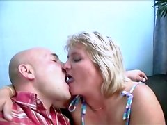 Blonde Mature Sussana Fingered In Pussy And Getting Cum In Mouth