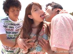 Outdoor Threesome Screwing And Jizz Spilling On The Beach