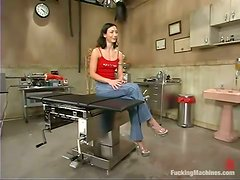 Wenona gets her juicy vag smashed by a fucking machine and enjoys it