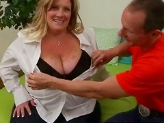 Classy looking mature BBW mom gives hot titjob after sucking dick like tasty lollipop
