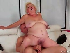 Chubby old blonde fucked in her fat pussy
