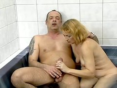 Teri blows and gets her old cunt fucked from behind in jacuzzi