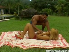 Delicious Latina babe is getting balled in the park