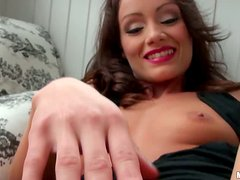 Filthy and super sexy babe Sophie Lynx is loving it thick