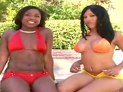Blowjobs and Hardcore Interracial Sex in FFM Threesome with Two Ebonies