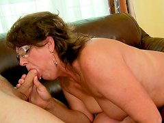 Horny granny takes it deepthroat and swallows cum