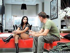 Rocco Siffredi cant resist horny as hell Logans