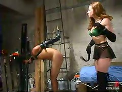 Dominant hottie Kym Wilde enjoys playing BDSM games with Saba