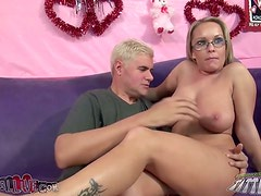 Jessica Moore moans with pleasure while getting her snatch licked