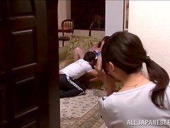Two Japanese skanks enjoy foursome banging in the living room