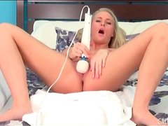 Curvy blonde and her vibrator have hot sex