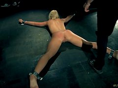 Provocative Kiara tormented and played