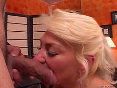 Cougar Gets What She Needs During a Hardcore Fucking
