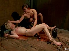 Blonde Alani Pi gets wired and then fingered by Bobbi Starr