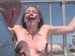 Mark fucks Jade Marxxx in a fetish way on the roof
